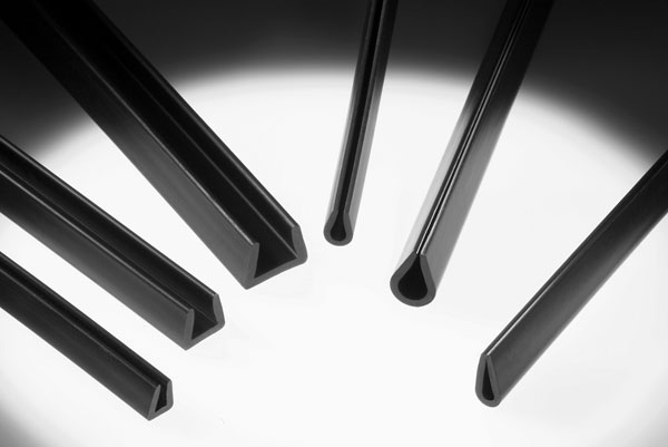 6 black Low-density polyethylene stock channels
